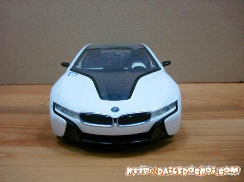 OT28 ôtô hình dáng xe BMW điều khiển bằng cảm biến vô lăng