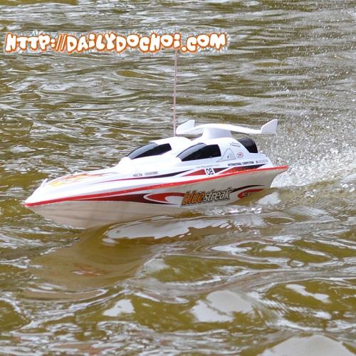 T18 tàu tốc độ cao 14km/h dài 72cm